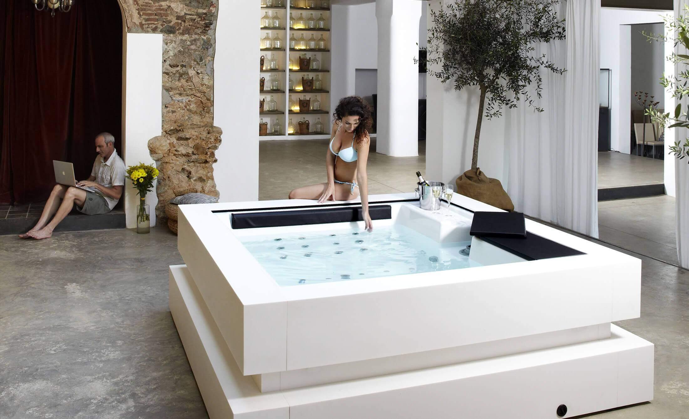 Jacuzzi interior Cube de Aquavia Spa España